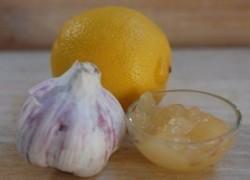 Чистка сосудов от холестерина медом, чесноком и лимоном